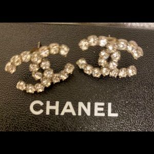 CHANEL Jewelry - ✨⭐️CHANEL AUTHENTIC LOGO CRYSTAL EARRINGS✨🌟